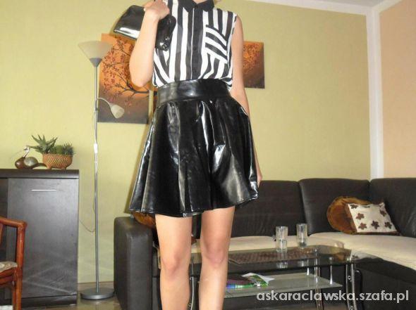 Eleganckie skórzana spódniczka koszula w paski