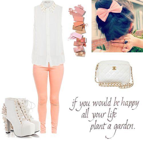Białe lity brzoskwiniowe spodnie ćwieki inspiracja