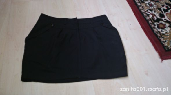 Spódnice Czarna mini spódniczka bombka