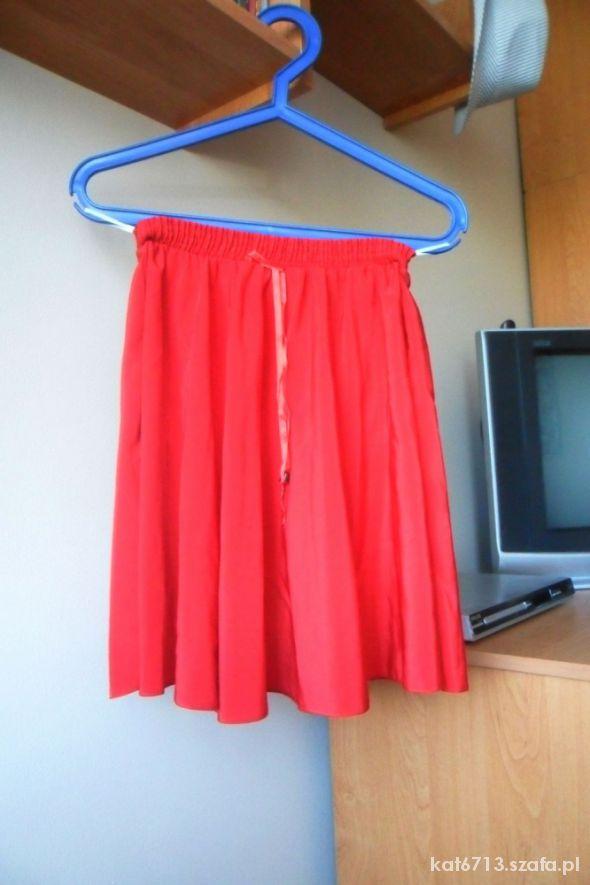 Spódnice Czerwona modna spódniczka HIT