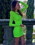neon sukienka...