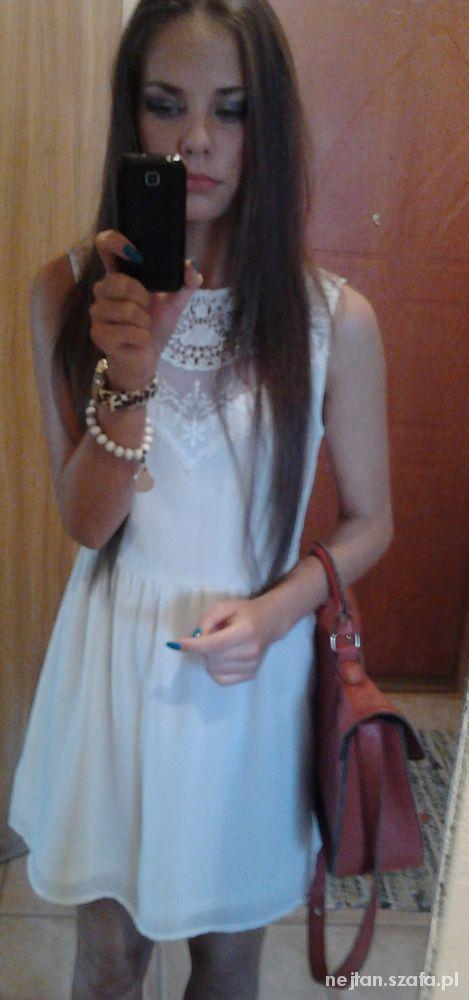 Eleganckie sukieneczka