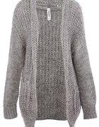 Gruby swetr...
