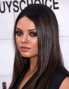 Mila Kunis kolor włosów