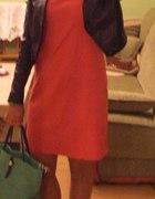 Sukienka z zipem do pracy i na różne okazje