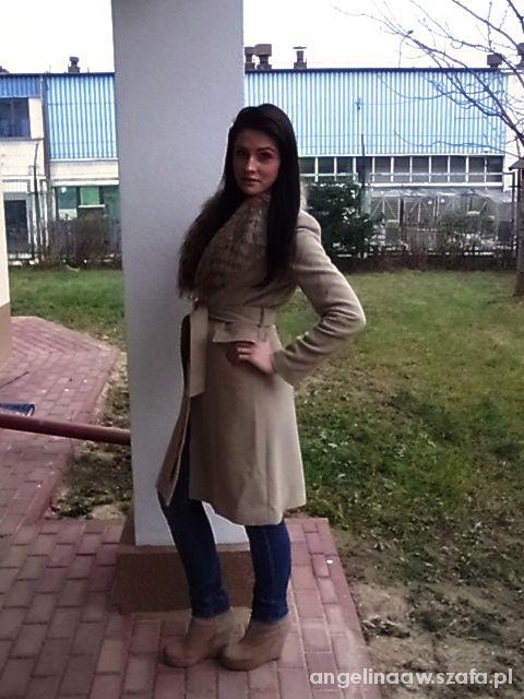 Mój styl płaszcz nude beżowy z lisem