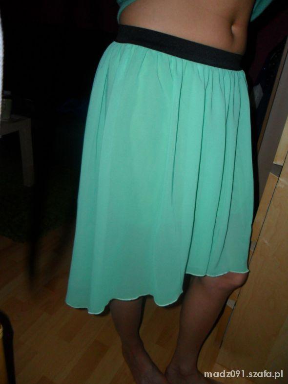 Spódnice Asymetryczna spódniczka