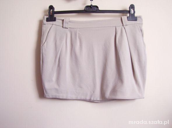 Spódnice spódniczka nude