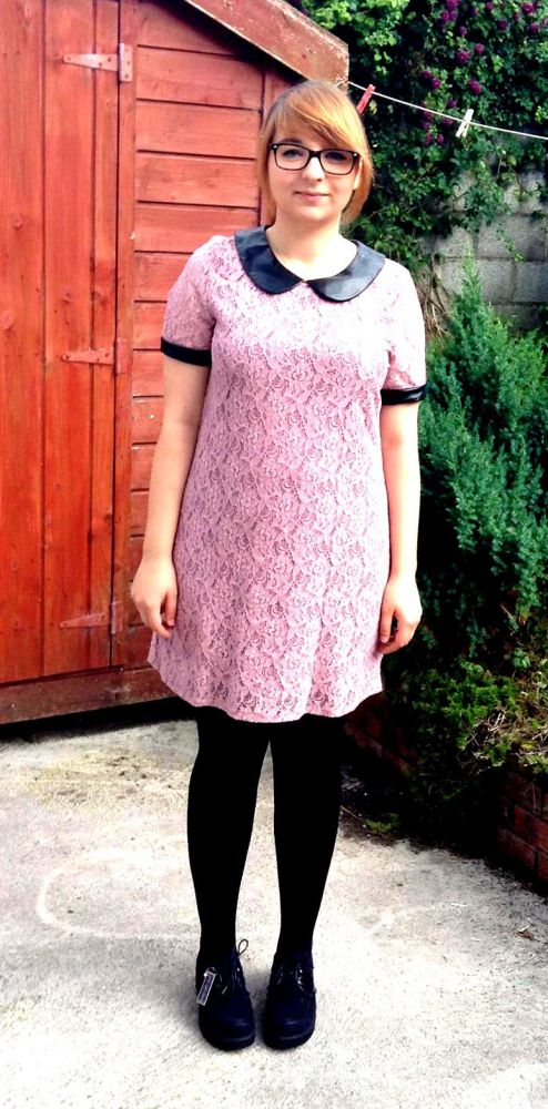Na specjalne okazje Różowa sukienka i creepersy