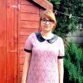 Różowa sukienka i creepersy