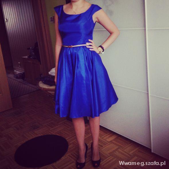 Wieczorowe Sukienka lata 50