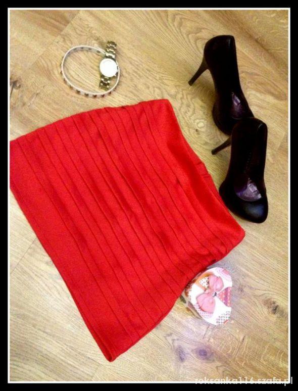 Spódnice Czerwona spdnica modna
