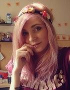 różowo fioletowe włosy