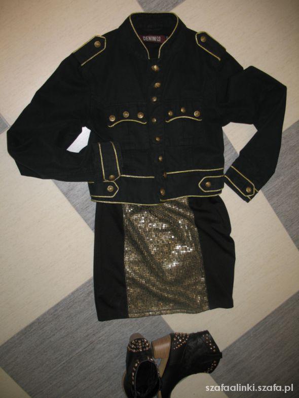Eleganckie Styl mundurowy