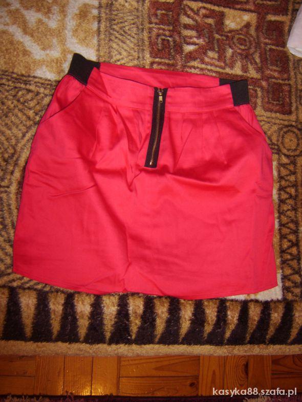 Spódnice Czerwona mini spódniczka zip