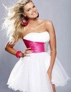 Biała sukienka z różowym paskiem rozmiar 38...
