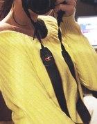 Żółty sweterek srebrna nitka