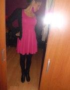 Sukienka rozkloszowana hm fuksja zip...