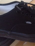 vansy black...