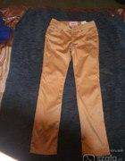 złote satynowe spodnie rurki