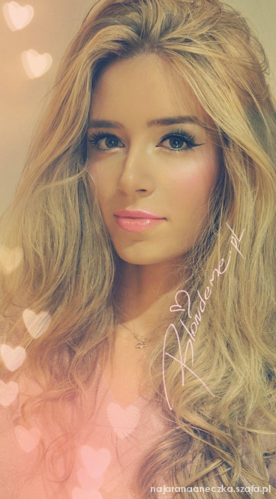 next blond girl...