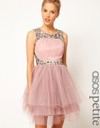 Piękna romantyczna tiulowa sukienka