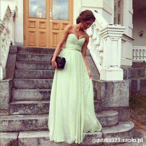Suknia na specjalną okazję