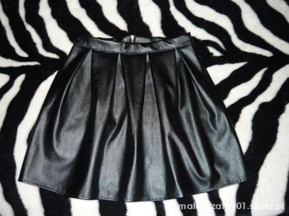 Spódnice Rozkloszowana spódnica skóra złoty zip L 40 M 38
