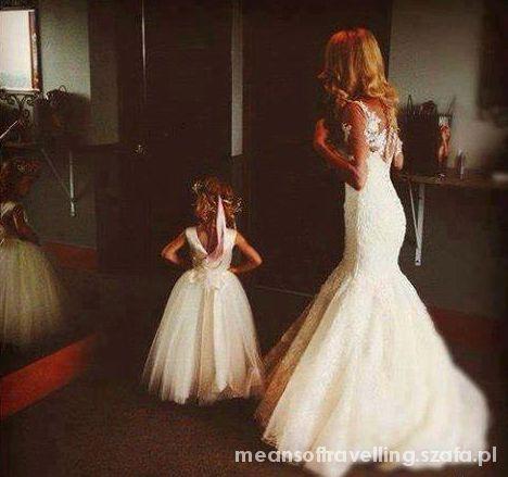 Pięknie biało suknia