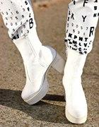 Białe buty 36