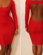 Sukienka czerwona bez pleców