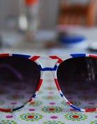 okulary z brytyjskim akcentem