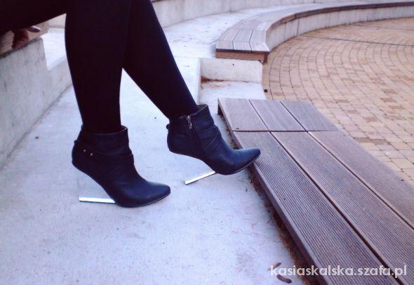 przezroczyste koturny botki stylowe buty wedges