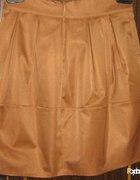 rozkloszowana karmelowa spodnica