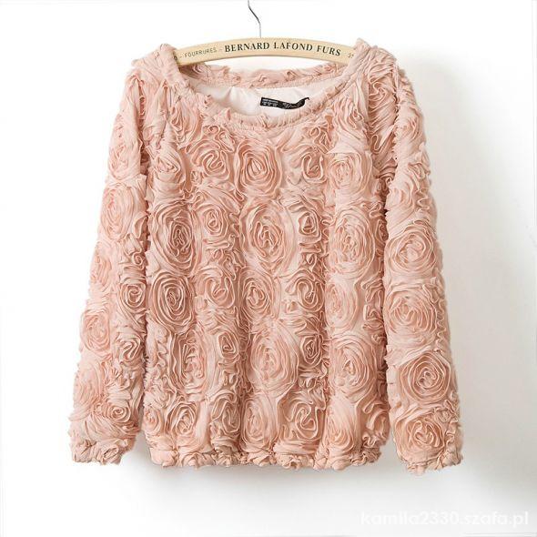 Śliczny sweterek pudrowy haftowane róże 3D