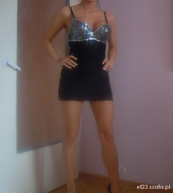 czarna mini sukienka z cekinowym stanikiem