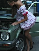 Sukienka pin upowa
