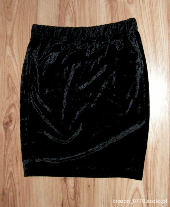 NOWA Spódnica welurowa czarna 36 S