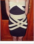 sukienka bandazowa L