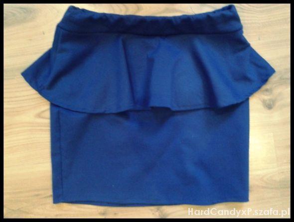 Spódnice Piękna niebieska spódnica z baskinką