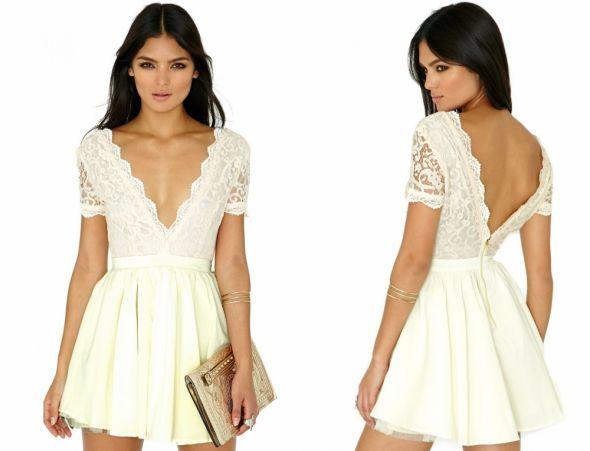 HM rozkloszowana kremowa sukienka nude w Suknie i sukienki