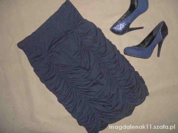 Spódnice śliczna ołówkowa spódnica na gumie marszczenia XL