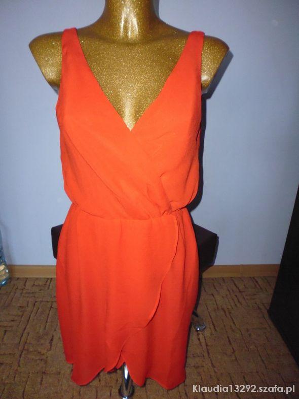 Czerwona sukienka by h&m