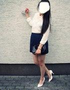 białe szpilki new look...