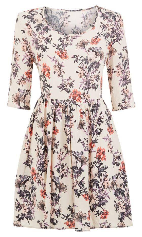 Sukienka w tym kroju