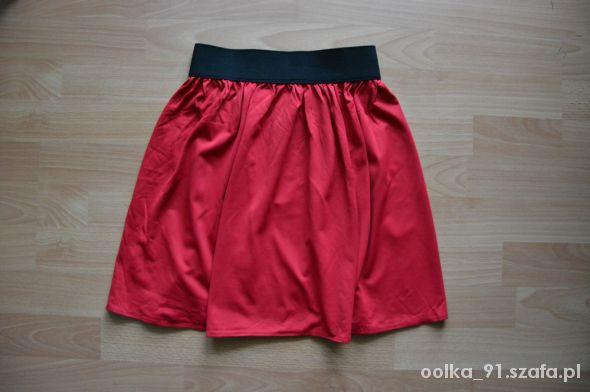 Spódnice czerwona spodnica