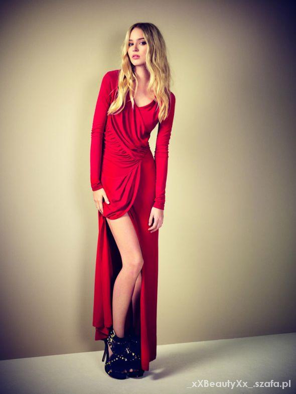 Sukienka długa z rozcięciem...