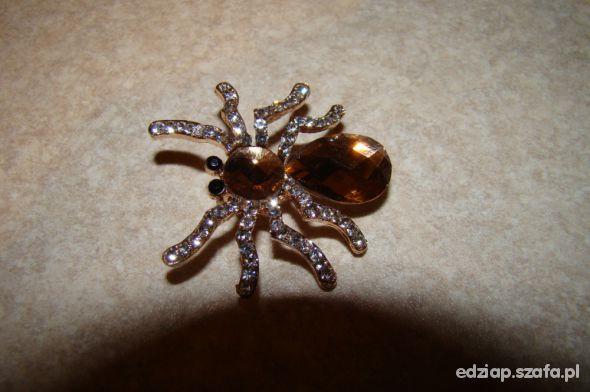 Broszka pająk