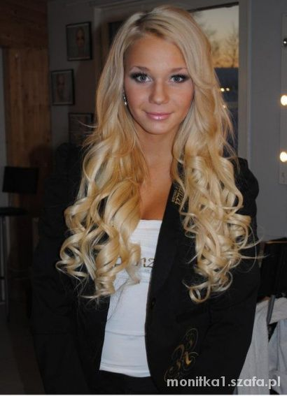 Fryzury blondyna