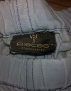 Spodnie Pieces...